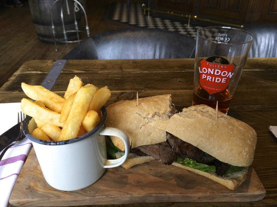 The Hereford Arms: Super Steak Sandwich