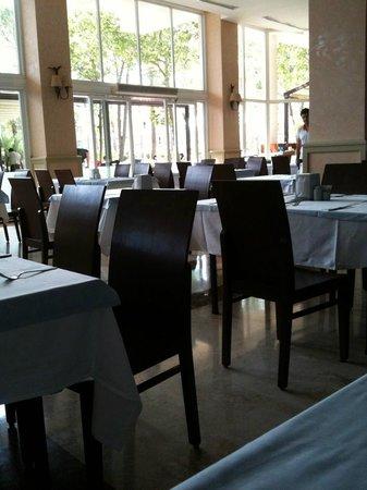Alva Donna World Palace: Ресторан