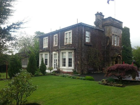 Dalmeny Park Country House Hotel: the reception room and the room where we married