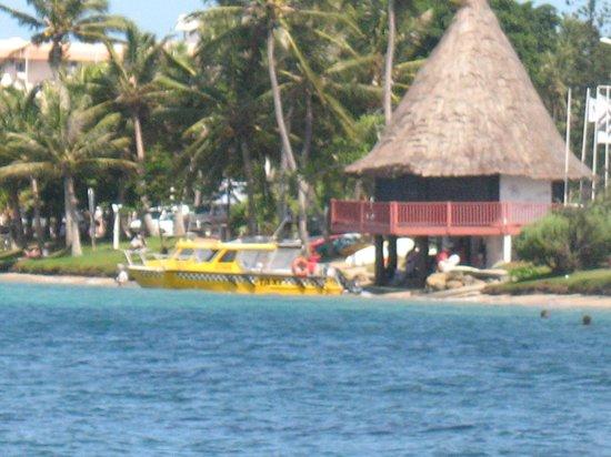 Anse Vata Beach: le taxi boat
