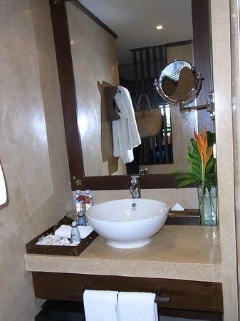 Bo Phut Resort & Spa: Waschtisch