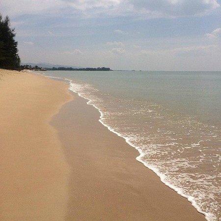 Tacola Resort and Spa : Песчаный берег