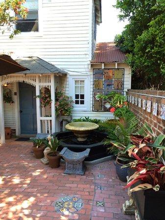 B&W Courtyards : B and W Courtyards