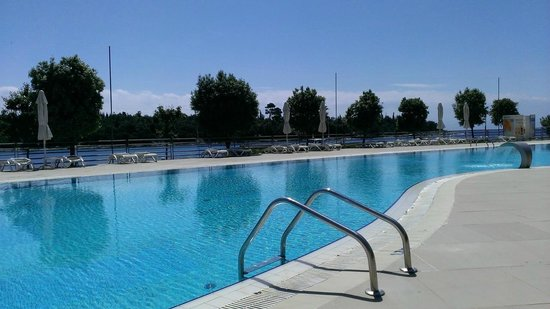 Island Hotel Istra: Lovely clean pool area
