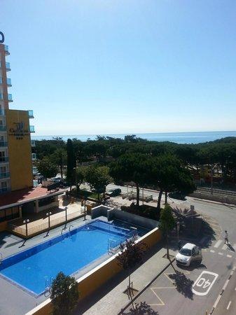 Reymar Hotel: Uitzicht vanaf onze kamer.