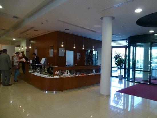 Hotel Aristos: ロビー