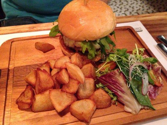 Shoebox Canteen: Burger