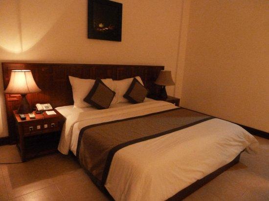 Sun Spa Resort Quang Binh Vietnam: cama