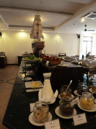 Sun Spa Resort Quang Binh Vietnam: desayuno