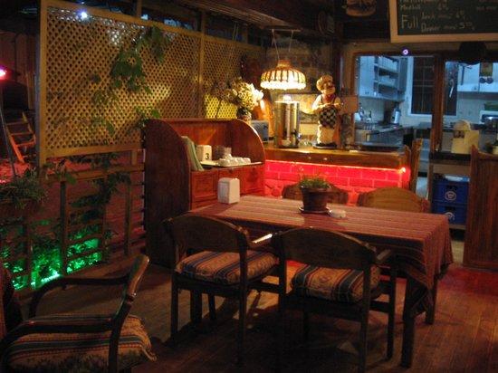 Sato Hotel: Restaurant