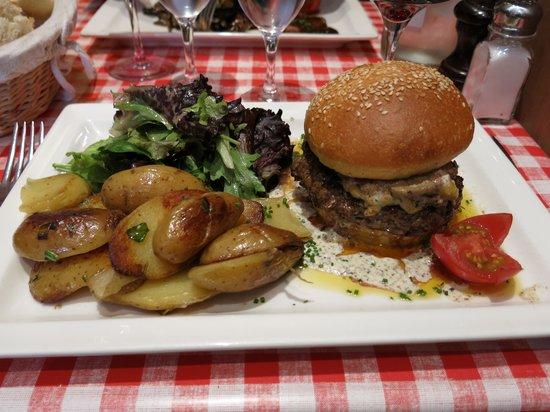 Le Petit Fernand : Foie gras burger