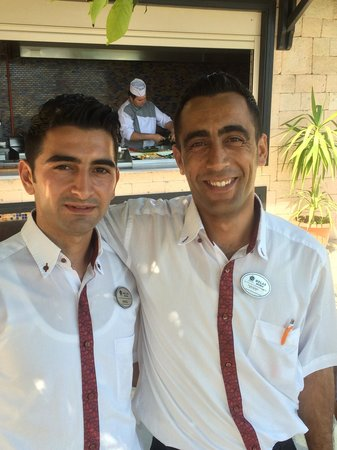 Melas Resort Hotel: Sehr gute Kellner