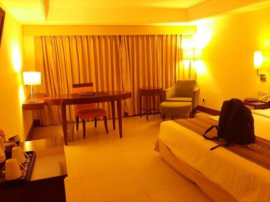 Hotel Babylon Inn: room