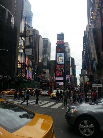 Paramount Hotel Times Square New York: entrada habitacion