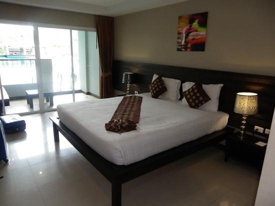 Casa Del M, Patong Beach : Casa Del M pool access room