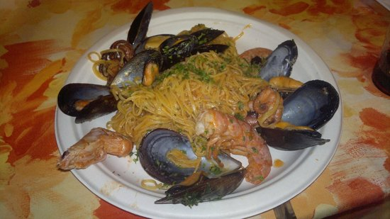 Hotel Nettuno : Pasta di Mare you should test in small restourant 300m on the same street
