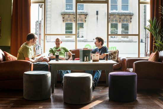 Rivo Lounge: A relaxed comfortable environment
