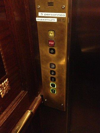 Regent Contades, BW Premier Collection: Lift