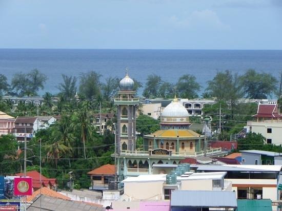 Casa Del M, Patong Beach : View from 5th Floor restaurant at Casa Del M