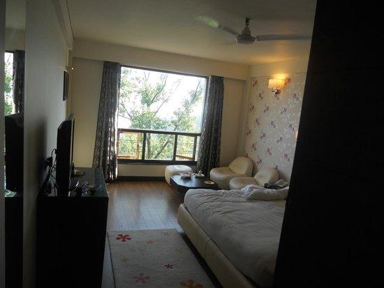 Honeymoon Inn Mussoorie: Super Deluxe Room 2