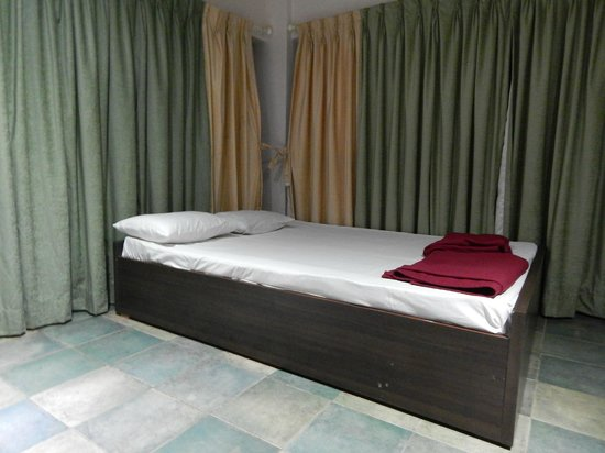 Exotic Home Stay - Panchgani : Room