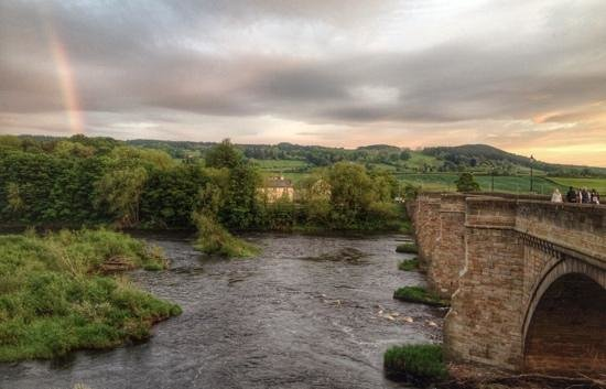 Peartree Bed and Breakfast: sunset over the Tyne in Corbridge