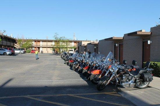 Kayenta Monument Valley Inn : Le parking