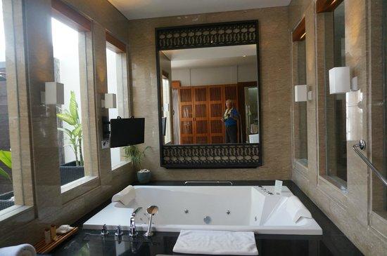 The Samaya Bali Seminyak : badkamer