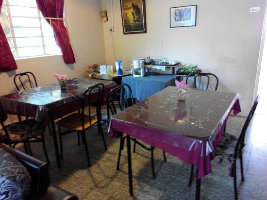 Baan Talay Homestay: Dining area