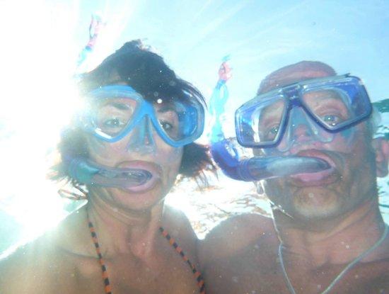 Constance Moofushi: snorkelling