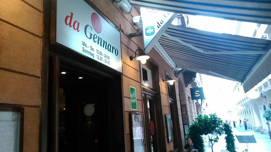 da Gennaro: Entrance