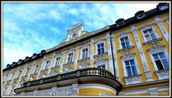 Eurostars Park Hotel Maximilian: hotel view