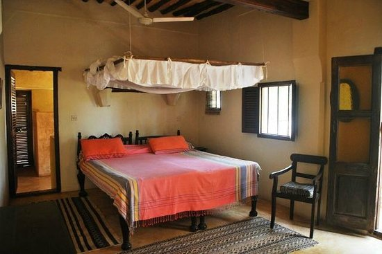 Fatuma's Tower: Top Apartment room 2