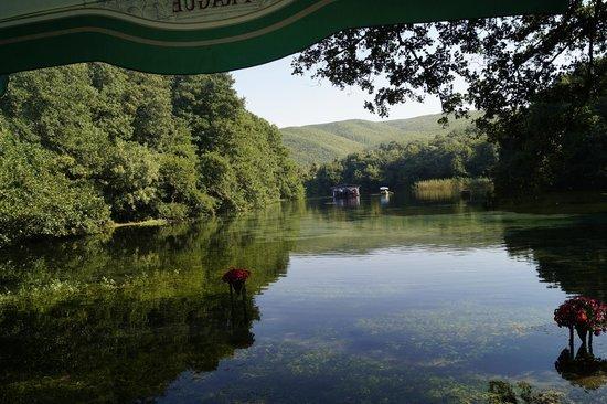 National Park Galicica: плавающий ресторанчик