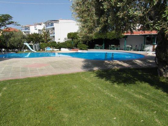 Hotel Makedonia: zwembad hotel
