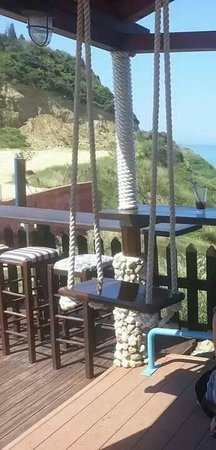 Summertime Hotel Apartments : Swings at 7th Heaven Cafe
