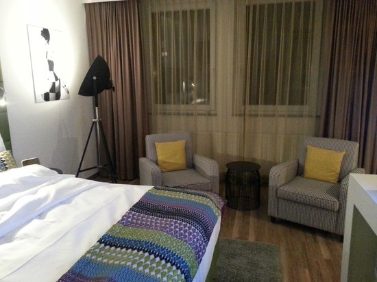 Hotel Indigo Düsseldorf - Victoriaplatz: Sessel