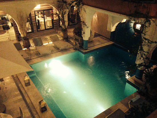 Ksar Anika: Plunge pool at night