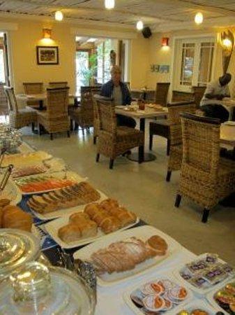 Ikhaya Lodge : Frühstücksraum