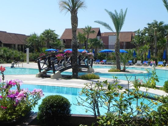 Aldiana Cyprus : pool view from bar