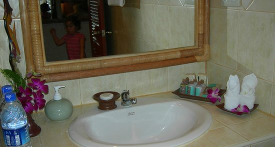 Rocky's Boutique Resort: Details in the bathroom