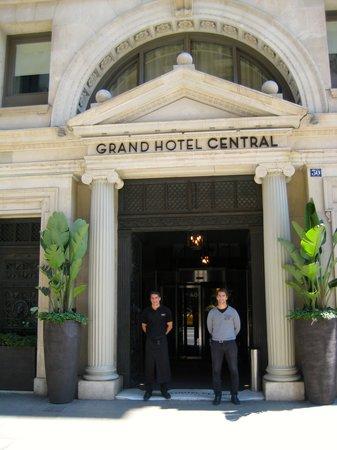 Grand Hotel Central: Porto Services were Exceptional