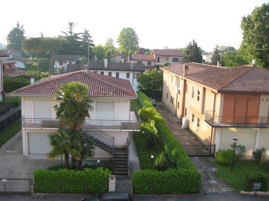 Villa Alighieri Residence Hotel: вид из окна отеля