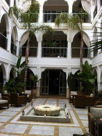 Riad Villa Blanche : riad hotel