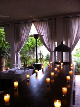 Riad Villa Blanche : salle a manger