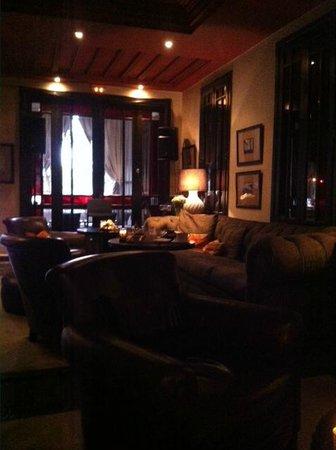 Riad Villa Blanche : bar