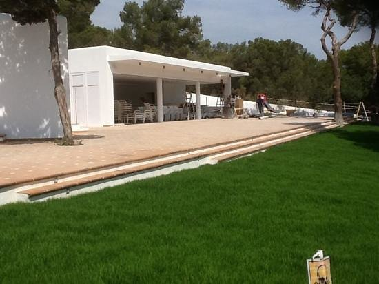 Grupotel Oasis : unopened bar area