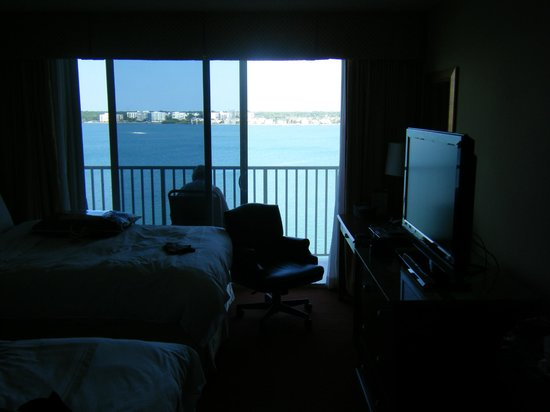 Clearwater Beach Marriott Suites on Sand Key: bay from bedroom