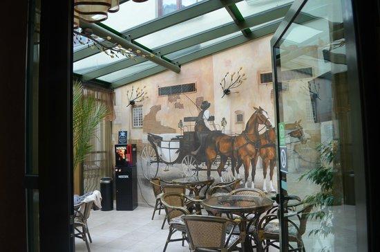 Wawel Hotel: Free Tea/coffee Area fo guests