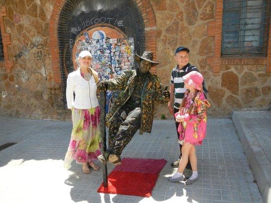 Park Güell: Живая статуя